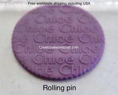 #Chloecupcake#Chloecookies#Chloecake#Chloerollingpin #cakedecorating#craftsy #craftsycake #designerweddingcake #designermold