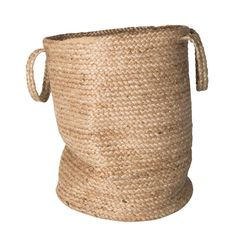 It stores your most treasured items, displays your plants and adds a touch of nature to your home. Urban Nature Culture's Jute storage bag attracts everyone's attention.Size: Ø 40 x Height Material: Jute Memphis Design, Toy Storage, Storage Baskets, Plant Bags, Day Room, Urban Nature, Large Baskets, Wood Design, Kids Gifts