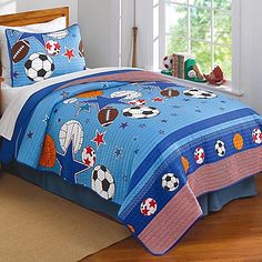 nursery room: Sports and Stars Quilt Set