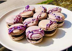 Jednoduché francúzske makrónky - recept | Varecha.sk Mini Cheesecakes, Pavlova, Macarons, Muffin, Treats, Breakfast, Sweet, Cookies, Food