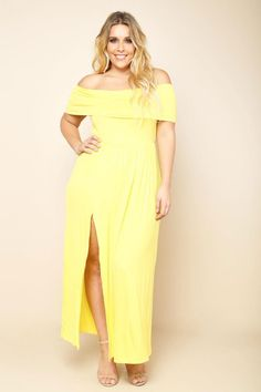 Our plus size off the shoulder maxi dress is a refreshing take on a romantic classic.  Wide band wraps the upper arms baring the shoulders.  Lovely enough for date night, although so comfortable you may find yourself finding any excuse to wear this dress.