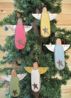 Adornos navideños - Christmas ornaments http://www.etsy.com/listing/163254247/handmade-primitive-angel-ornament?utm_source=Pinterest&utm_medium=PageTools&utm_campaign=Share