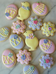 easter treats for bake sale by tam mabley-chaisson Iced Cookies, Cute Cookies, Easter Cookies, Easter Treats, Cupcake Cookies, Sugar Cookies, Easter Food, Easter Eggs, Easter Games