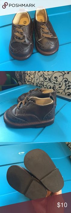 Infant Boys dress Crib shoes Size 2 Adorable 💋 Soft bottom crib shoes 💕 Bundle and save falls creek Shoes Sneakers