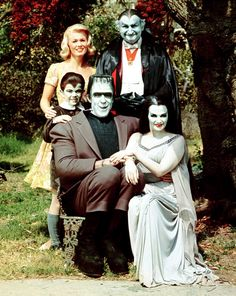 The munsters today computer dating scams