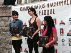Nacional de Bloque :) @rocodromofusion  #TreeHouse @madrockclimbing @blackdiamondinc Climbing #México #Climbing @adidasoutdoor  Fitness