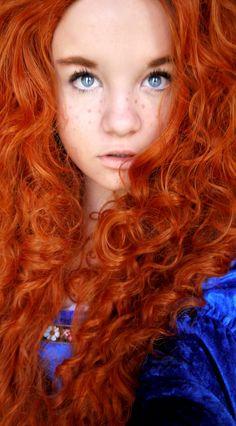 Angela Clayton merida_cosplay_at_comic_con_2_by_beatingart-d67l1v8