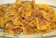 Káposztás kocka Vicikótól Snack Recipes, Snacks, Vegetarian Cooking, Bologna, Apple Pie, Mashed Potatoes, Chips, Food And Drink, Vegan