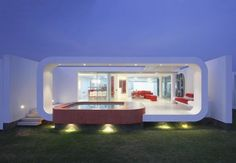 House in Beach Palabritas / Metropolis