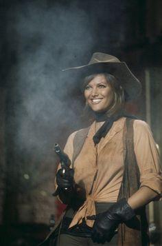 """Claudia Cardinale""""les pétroleuses"""""""