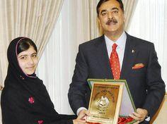 """Cuando la ONU decretó, en diciembre pasado, que el 11 de octubre de 2012 se conmemoraría el primer Día Internacional de la Niña nadie imaginaba que Malala Yusufzai, de 15 años, defensora de la educación femenina frente al fanatismo talibán, se erigiría en su triste protagonista. """"Malala fue atacada por su papel pionero en la prédica del secularismo y de la llamada ilustración moderada"""","""