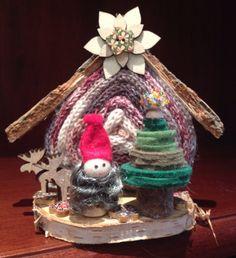 Casa degli gnomi a Natale