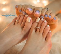 Absolutely gorgeous set of toes Black Toe Nails, White Nails, Sexy Nails, Cute Toes, Pretty Toes, Feet Soles, Women's Feet, Beautiful Toes, Foot Toe