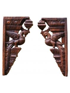 Brownish parrot wall mount Wood Crown Molding, Banner Background Images, Wood Carving Art, Vintage Type, Wall Brackets, Temple Jewellery, Art Store, Home Decor Furniture, Wood Wall