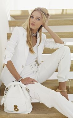Ralph Lauren Spring 2015: Chic day-to-night looks in relaxed silhouettes for effortless sophistication