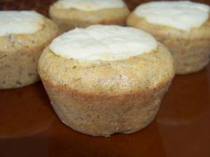 Cream Cheese Filled Carrot Muffins (I won't use the cream cheese, but I'm totally gonna make these muffins!)