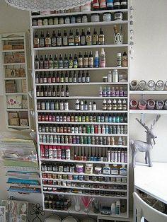 homemade paint rack... /envy, envy, covet, covet
