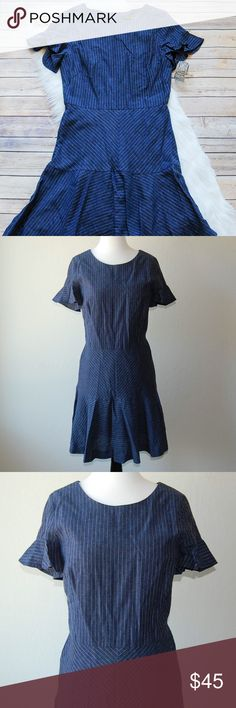"""BANANA REPUBLIC Pinstripe Dress Cute fit and flare navy blue and white pinstripe dress. Glitter shirt sleeves. Really flattering on. Shell is linen/rayon blend. Lining is 100% cotton. Hidden rear zip. Shoulder to hem is 35.5"""".  Instagram: @bringingupsuns Banana Republic Dresses Midi"""