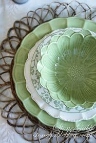 Pretty mismatched green set! I like the contrast of textures and patterns.