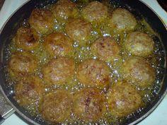 Κεφτεδάκια της γιαγιάς !!! ~ ΜΑΓΕΙΡΙΚΗ ΚΑΙ ΣΥΝΤΑΓΕΣ 2 Ethnic Recipes, Food, Essen, Meals, Yemek, Eten