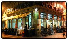 As Esplanadas Mais Bonitas de Braga | Minho em Festa - BRASILEIRA  Café A Brasileira é um dos mais emblemáticos cafés da cidade de Braga, em Portugal, localizado no Largo Barão de São Martinho, em pleno centro histórico da cidade, tendo sido requalificado em 2008/09 sendo o projecto de Arquitectura da responsabilidade do Arquitecto Sérgio Borges.