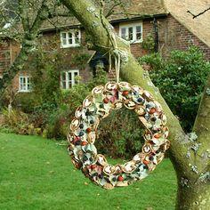 birdfeeder wreath - COOL!