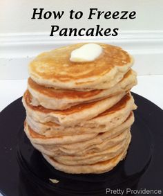 Easy instructions on how to freeze pancakes! This has been a lifesaver with my littles. Yay for not having to MAKE pancakes every morning.. but still eating them!
