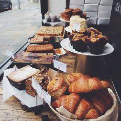 Perfume perfumblee muffins petiwinkle italy culture street shop fooood
