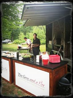 Two Guys and a Fire: mobile pizza for reception?