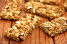 9 Healthy Homemade Protein Bar Recipes - Life by DailyBurn (Amy's Healthy Baking - peanut butter pretzel bars! Peanut Butter Pretzel, Low Carb Peanut Butter, Peanut Butter Recipes, Healthy Protein Bars, Protein Bar Recipes, Protein Snacks, Healthy Snacks, Hemp Protein, Cookies