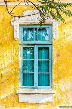 Shutters painted to match the exterior window frames. Porto Alegre, Rio Grande do Sul, Brazil - Amazing Interior Design Rio Grande Do Sul, Old Doors, Windows And Doors, Mellow Yellow, Blue Yellow, Yellow Turquoise, Colour Yellow, Colour Colour, Turquoise Stone