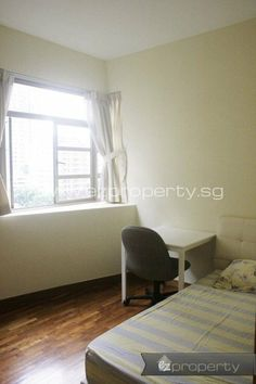Condo common room for rent near Potong Pasir MRT. 1200 SGD / month. No agent fee.  All details and contact here: http://www.ezproperty.sg/listing/room-for-rent/Condo/Sunville/602  We promote listings posted on EZProperty.sg at no cost, it just needs to look good and be priced right.  #Singapore #Condo #Room #PotongPasir #ForRent