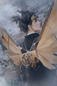 Look at the tiny cogs on her face! Steampunk Icarus Wings - Handmade, Backmounted, Pulley Driven Wings MKII