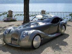 モーガンのライフカー2。これを530万円以下で販売するなんて、かっこよすぎ。