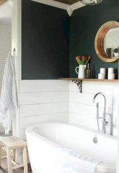 Stunning 85 Farmhouse Rustic Master Bathroom Remodel Ideas https://insidecorate.com/85-farmhouse-rustic-master-bathroom-remodel-ideas/ #bathroomremodeling