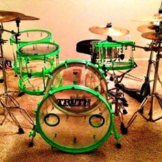 Awesome clear drums with bright green hardware by Truth