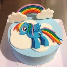 Fondant My Little Pony cake topper.