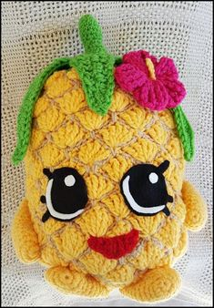 Pineapple Pillow   #crochet #pineapple #pillow #toy #shopkins #fruits #hawaii #food #tropical #hibiscus #hawaiian #shopkin #hooker #crocheter #crochetaddict #handmade