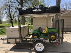 Adam's utility trailer camper has a tall DIY No Weld Rack that telescopes up to really tall with the assistance of electric actuators. Trailer Maker, Trailer Kits, Trailer Tent, Utility Trailer Camper, Cargo Trailers, Camping Life, Tent Camping, Camping Gear, Glamping
