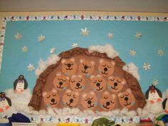 Képtalálatok a következőre: hibernating bear cave craft Preschool Bulletin Boards, Preschool Activities, Bear Bulletin Board Ideas, Preschool Classroom, Winter Fun, Winter Theme, Animals That Hibernate, Winter Bulletin Boards, Bear Theme