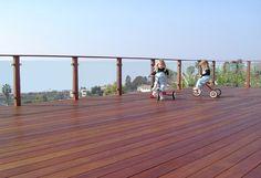 ipe decking with Bellarail glass railing