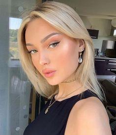 "115 the top selling korean primer that will give you ""glass skin"" 7 Cute Makeup Looks, Natural Makeup Looks, Gorgeous Makeup, Pretty Makeup, Elegant Makeup, Glam Makeup, Skin Makeup, Makeup Eyeshadow, Beauty Make-up"