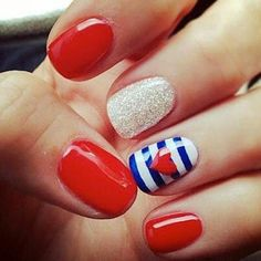 #Patriotic nail art for #July4th