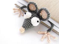128 Crochet Pattern Rooster Decor or potholder Amigurumi Marque-pages Au Crochet, Crochet Mouse, Single Crochet Stitch, Crochet Patterns Amigurumi, Crochet Gifts, Crochet Stitches, Crochet Hooks, Crochet Flamingo, Amigurumi Doll
