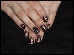 Nailart mit Essie - Penny talk, nailfoil, BornPretty Stamping Polish - #3 black, Stamping plate: Qgirl-056