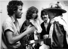 Behind the Photo: Bob Dylan and Bruce Springsteen meet for the first time - with John Prine. It was November 1975 and Bob Dylan was in New Haven, CT on his Rolling Thunder Revue tour when Ken Regan snapped this photo. Bob Dylan, Dylan Bruce, Keith Richards, Mick Jagger, Bruce Springsteen The Boss, Françoise Hardy, John Prine, Blues, Rolling Thunder