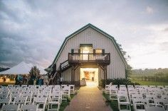 Pleasant Hill Vineyards in Maryville, Tn. $1000 and above. Barn wedding venues in Tennessee