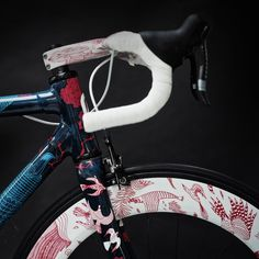 festka urban zero carbon fiber bicycle features illustrations by tomski & polanski Fixed Gear Bike, Bicycle Art, Bicycle Design, Mtb, Surf, Commuter Bike, Bike Style, Road Bikes, Fixed Gear