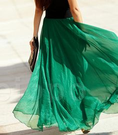 I'm not big on elastic waists but this is gorgeous and I love the colour