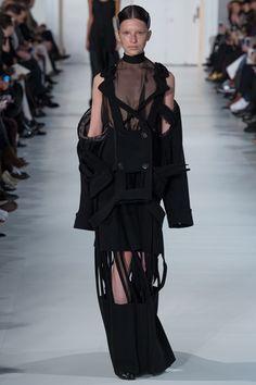 John Galliano for Maison Margiela Spring Summer 2017 Haute Couture Haute Couture Style, Couture Mode, Spring Couture, Couture Fashion, Fashion Week, Fashion 2017, Paris Fashion, Runway Fashion, High Fashion